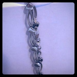 Adorable.925 silver heart link bracelet